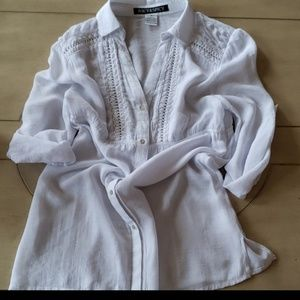 White tunic V-shaped blouse by Juicy & Spicy